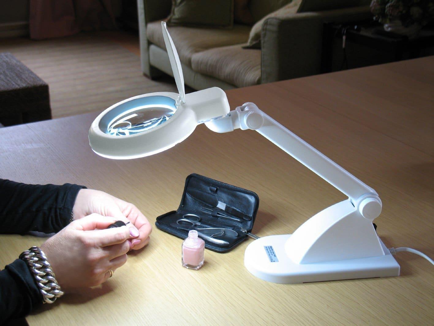 la lampe loupe pas cher pour vos ongles