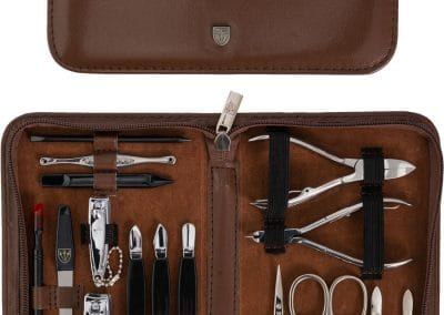 Kit Manucure coutellerie Trois épées 16 pièces