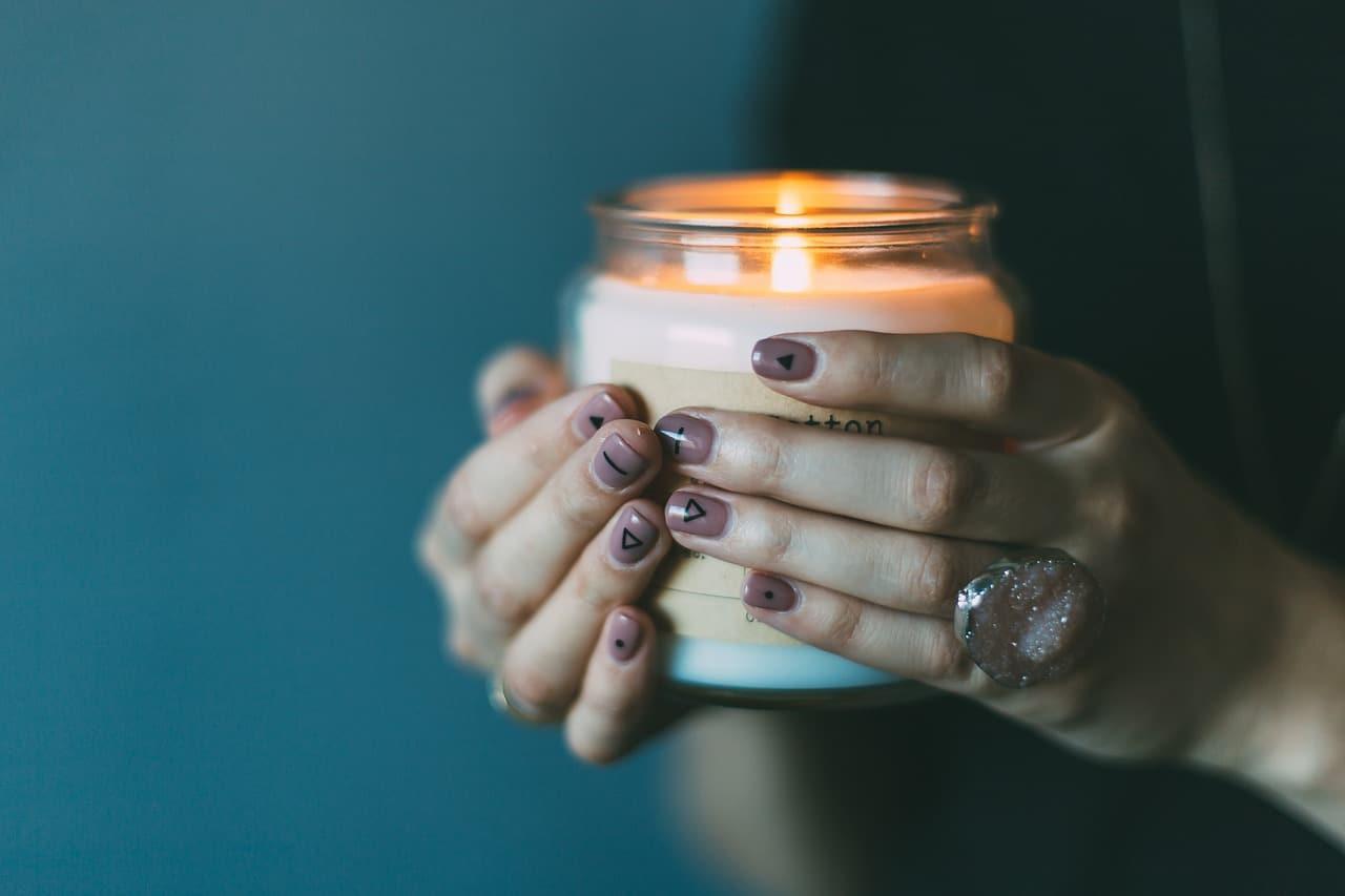 liquide de soin pour ongles