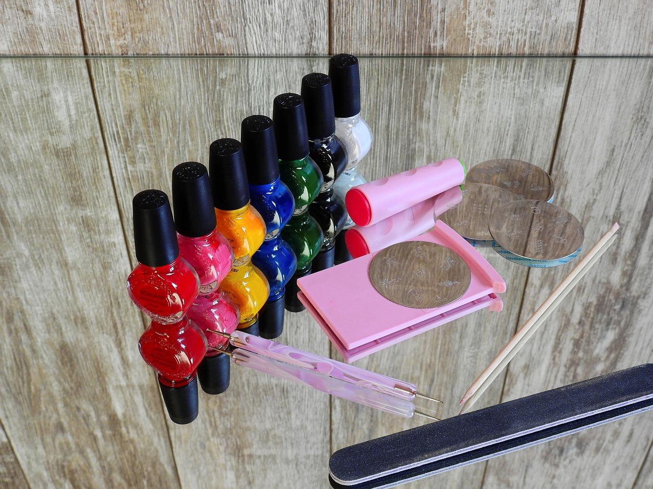 les liquides manucure pour ongles