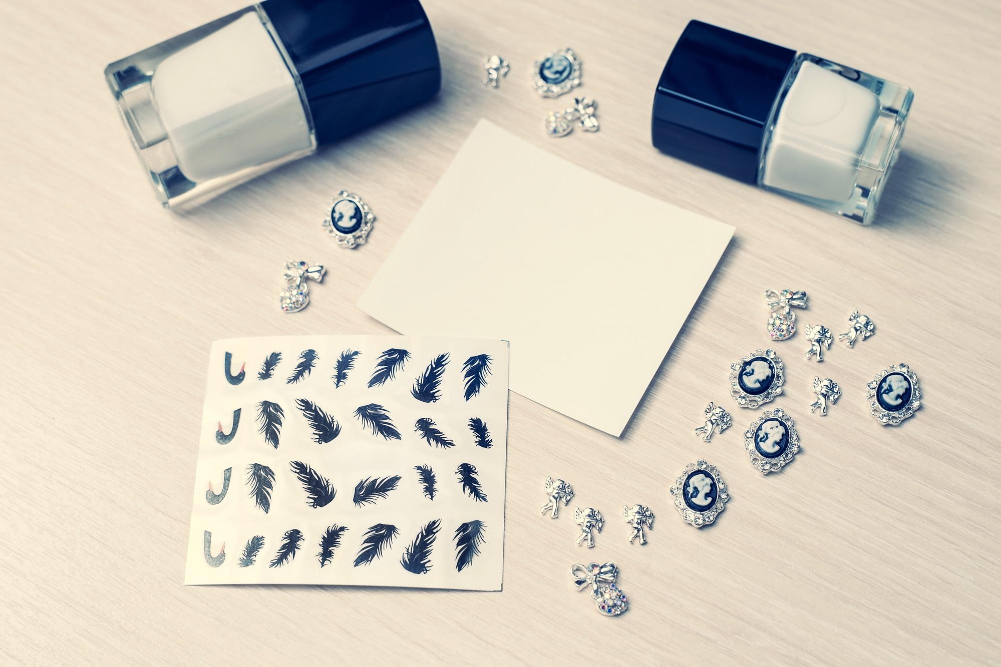 Water decals : nail art facile