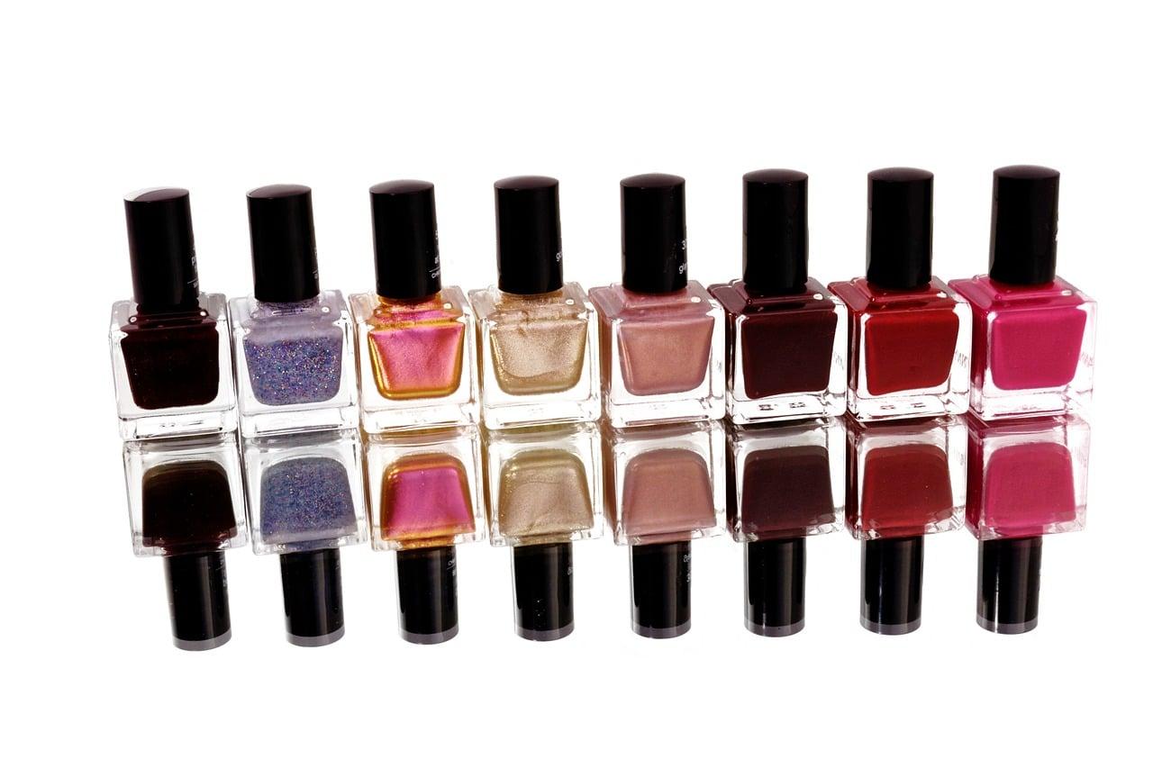 choisir sa couleur de vernis à ongles