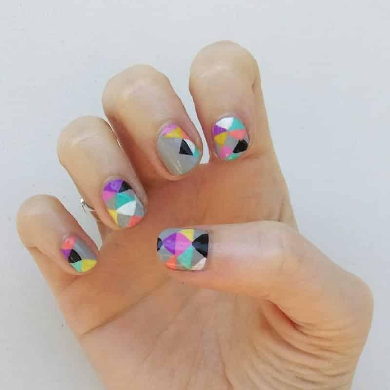 nail-art-triangle